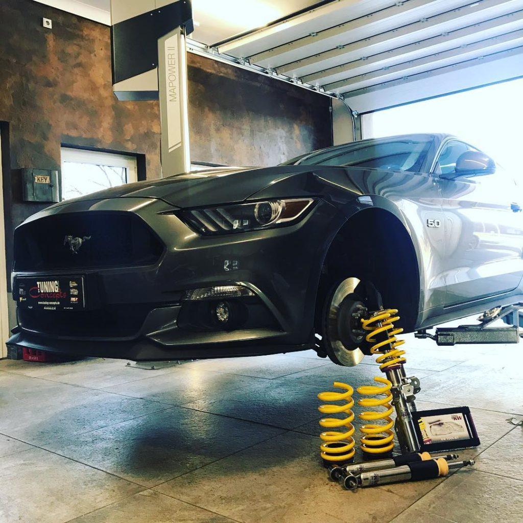 Ford Mustang GT mit KW V3+ Gewindefahrwerk