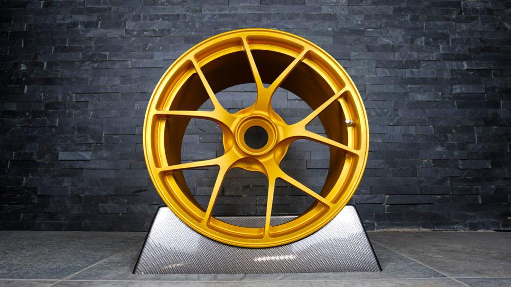 pulverbeschichtung-gold-matt